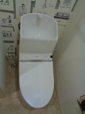 温水洗浄機能便座
