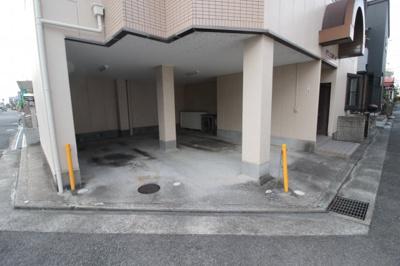 【駐車場】メゾンエスポワール
