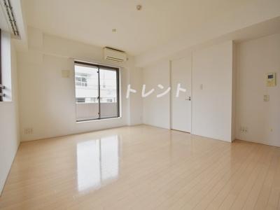 【居間・リビング】コートレアル三田網町