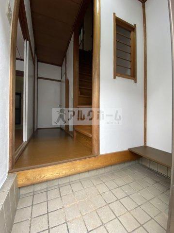 太平寺1丁目テラス 玄関