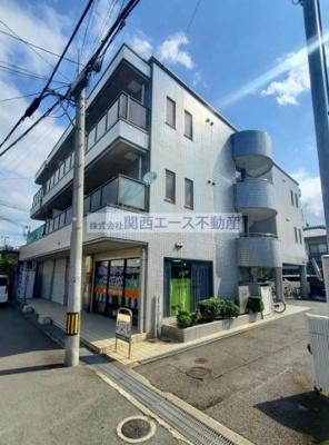 【外観】アメニティハイツ忍ケ丘