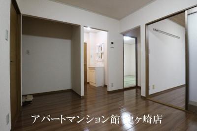 【居間・リビング】コーラルB