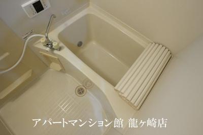 【浴室】コーラルB