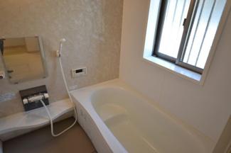 【浴室】堺市西区原田 戸建