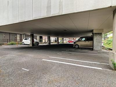 【駐車場】ハイツルピナス