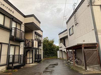 【外観】アパート3棟一括販売+駐車場用土地付き