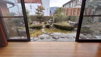 縁側から観える庭