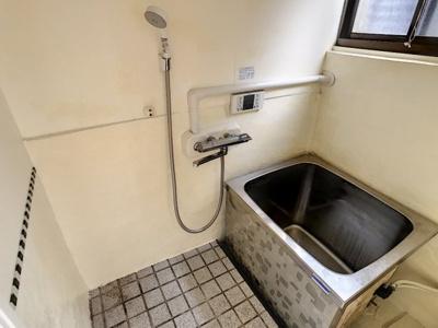 【浴室】新地西町貸家