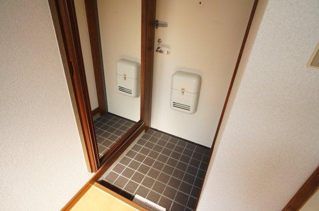 【玄関】ハウスリバティー