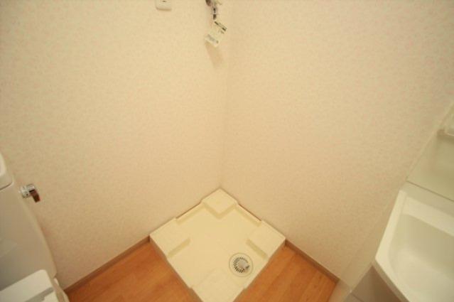 洗濯機置き場はこちらです♪
