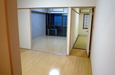 【洋室】サマリヤブラウンハウス
