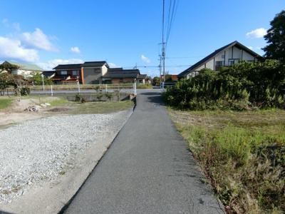 【前面道路含む現地写真】米子市和田町 売土地