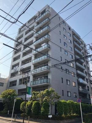 東部スカイツリーライン、日比谷線直通「竹ノ塚」駅徒歩約4分の立地です。