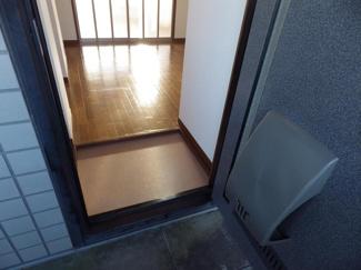 【玄関】ユーハウスC棟