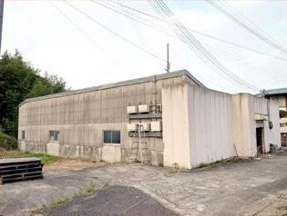 【外観】和泉市倉庫 約136坪!国道170号線すぐ!10tトラック可