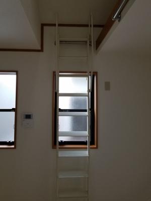 2階ロフト収納