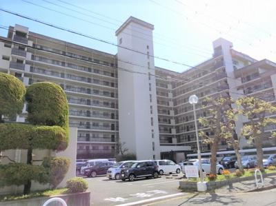 【現地写真】  鉄骨鉄筋コンクリートの144戸 大型マンションです♪