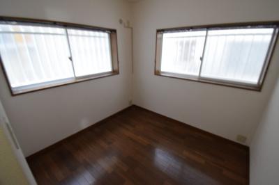 【洋室】駒ヶ林5丁目貸家
