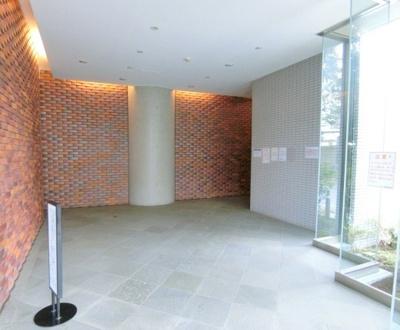 【エントランス】ゼファー西葛西 5階 角 部屋 リ フォーム済 2000年築
