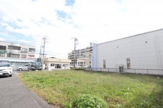 千葉市花見川区朝日ヶ丘 土地 新検見川駅 間口が広いため、お家を建てたとき、駐車もラクラクです。