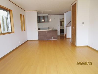 【居間・リビング】神戸市垂水区西舞子8丁目 B号棟 新築戸建