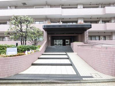 横浜市営地下鉄ブルーライン「蒔田」駅徒歩11分。 通勤時間の短縮でご家族と過ごす時間を増やす事が出来ます。
