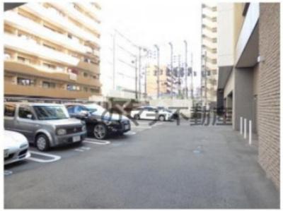 駐車場です(機械式もあります)