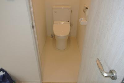 【トイレ】オリーブコート