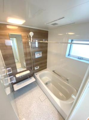 浴室乾燥機付きのユニットバス!