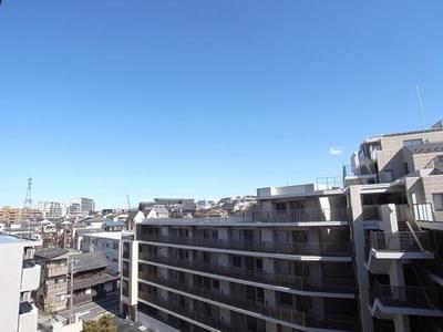 6階部分のお部屋からは、開放的な景色を望めます。