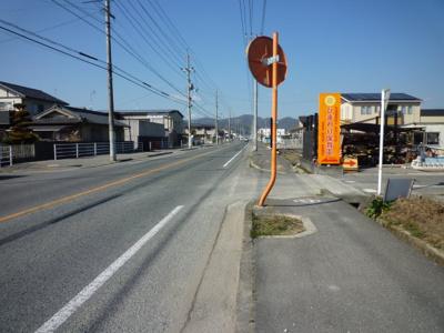 【前面道路含む現地写真】加茂町下加茂 売土地