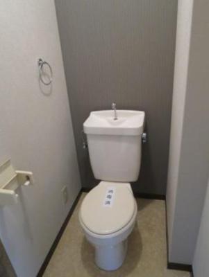 【トイレ】ピースフル松末・