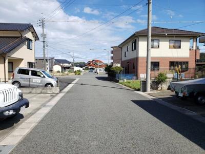 【前面道路含む現地写真】鳥取市江津土地