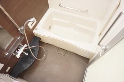 【浴室】ジオグランデ梅田
