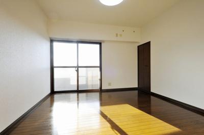 【洋室】サンシャイン勝谷