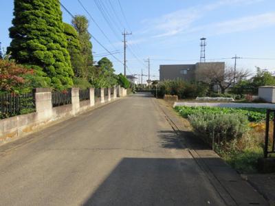 【前面道路含む現地写真】東松山市今泉売地