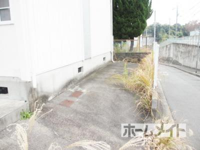 【駐車場】波多野ハイツB棟