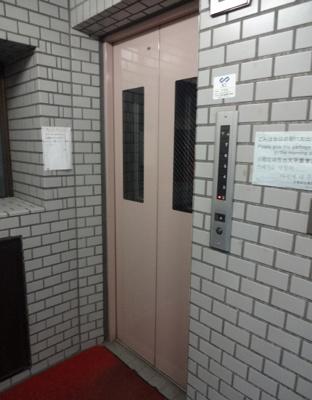 倉澤ビル エレベータ