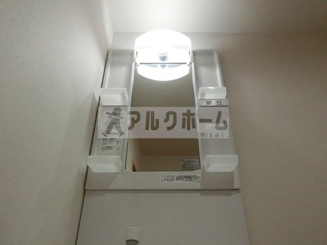 カコム(柏原市古町・2DK) 洗面台