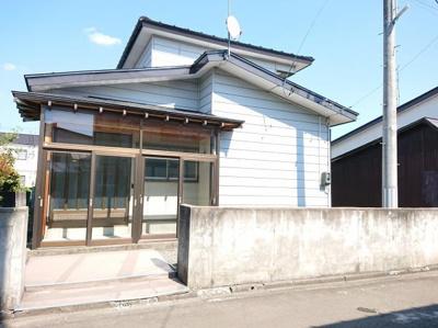 【外観】大館市芦田子字天下道上・中古住宅 リフォーム済