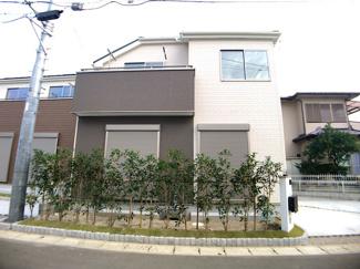 JR総武・中央緩行線「津田沼」駅バス20分二宮神社停歩5分の全15棟の新築一戸建てです。新京成線薬園台駅は徒歩28分です。