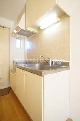 キッチンは2口ガスコンロ設置可です。