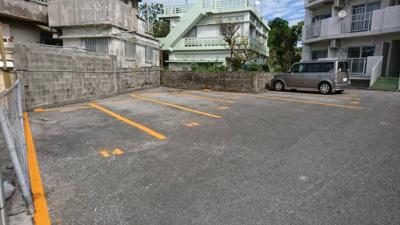 【駐車場】トーマスマンションシャトレ中央