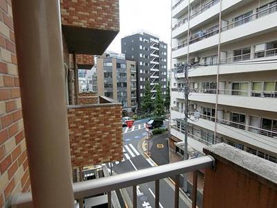 7階建4階部分からの眺望です。