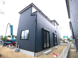 新京成線「滝不動」駅徒歩15分の全6棟の新築一戸建てです。