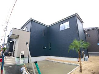 建物は延べ約30坪から約33坪と広く間取りは4LDKです。