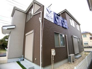新京成線「滝不動」駅徒歩17分「三咲」駅徒歩19分の全5棟の新築一戸建てです。