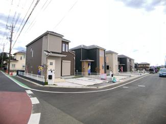 建物は全棟南向きでしかも敷地が広いので日当たり良好です。