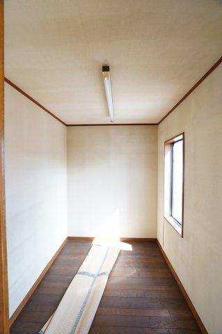 納戸 本日、建物内覧できます。住ムパルまでお電話下さい!
