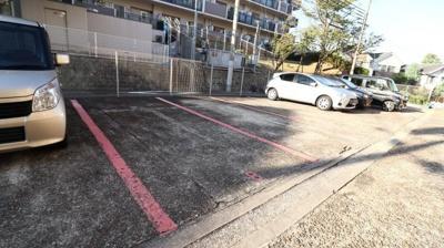 【駐車場】多聞台ビル1号棟